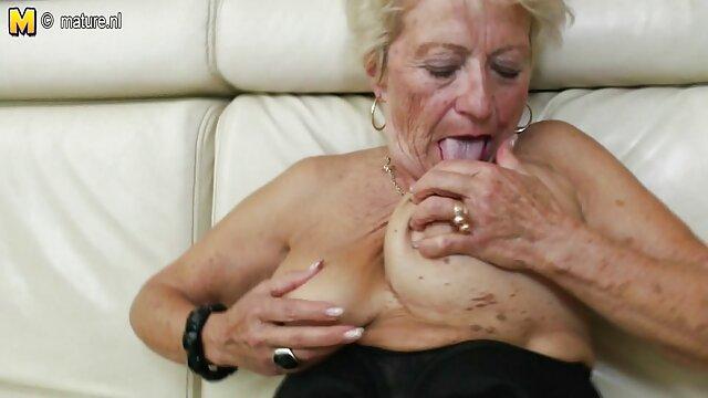 Phát đít, bà già rác rưởi! phim sec hay 18