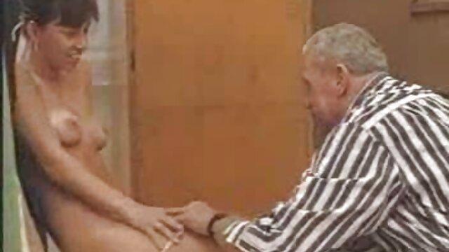 Cuộc sống tình dục bí mật của những bà nội trợ phim sec hay ko che